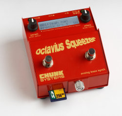 Chunk Systems Octavius Squeezer Bass Synth Pedal